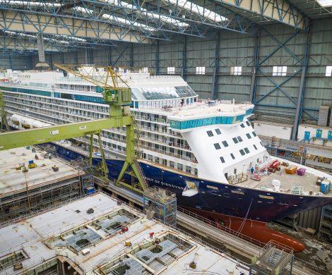 Am Sonntagmorgen, den 12. Mai, wird die Spirit of Discovery der englischen Reederei SAGA Cruises das Baudock I (Halle 5 ) der MEYER WERFT verlassen.