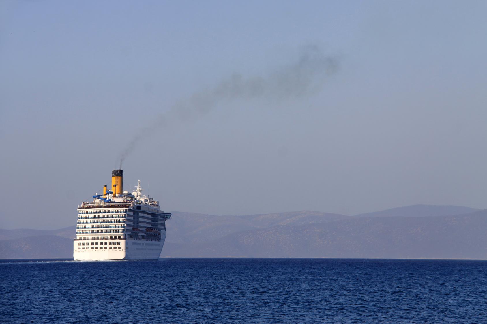 Die neue Präsidentin der EU-Kommission, Ursula von der Leyen, will CO²-Zertifikate auch für Schiffe. In ihrem Programm für die Legislaturperiode bis 2024
