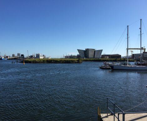Nordirland hat für 450 Millionen Euro in belfast sein erstes Terminal nur für Kreuzfahrtschiffe bekommen: hier können auch große Schiffe andocken.