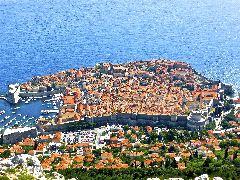 Die Cruise Lines International Association (CLIA) und Dubrovnik arbeiten künftig gemeinsam an einer Regulierung des Kreuzfahrt-Tourismus in der viel frequentierten Hafenstadt