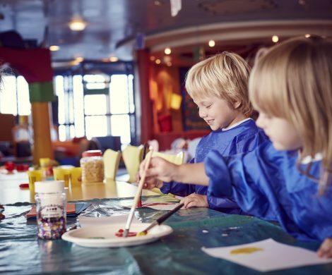 P&O Cruises hat beim Angebot an Bord des jüngsten Neubaus Iona vor allem an Familien gedacht: Aufregende Street-Food-Erfahrungen, eine Gelateria mit preisgekröntem Eis, ein Kinokomplex mit vier Leinwänden sowie auf die Zielgruppe abgestimmte Unterhaltungsprogramme: