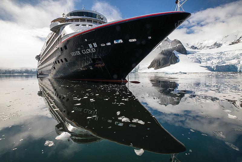 Silversea Cruises hat das Angebot für All Inklusive in den Polarregionen erweitert. Bei Buchungen bis 30. September 2019 sind für Reisen in die Arktis und Antarktis sogar Economy-Flüge oder reduzierte Business Class-Flüge inkludiert.
