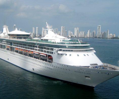 Ab Mai 2021 wird die jetzige Grandeur of the Seas nach einem Komplettumbau und unter neuem Namen für die spanische Reederei Pullmantur zum Einsatz kommen