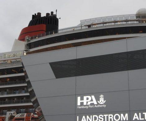 Hamburg will zum Vorreiter bei der sauberen Versorgung von Schiffen werden: Von 2023 an bekommen außer Kreuzfahrtschiffen auch Containerfrachter Landstrom.