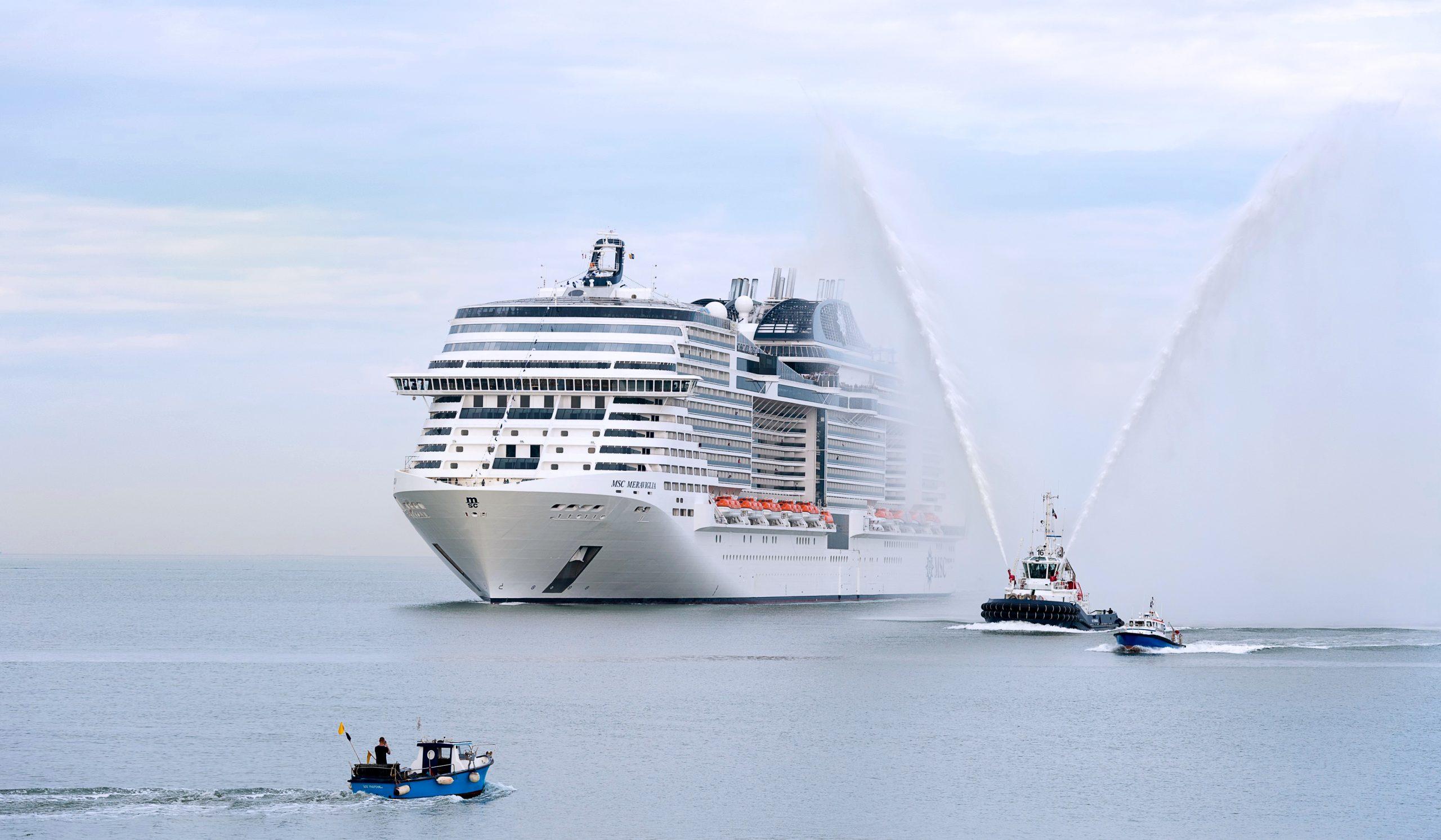 Wegen der weltweiten Corona-Krise haben die Hochseereedereien MSC und NCL sowie Flussreisenveranstalter Croisi die Pause für ihre Schiffe und Kreuzfahrten verlängert.