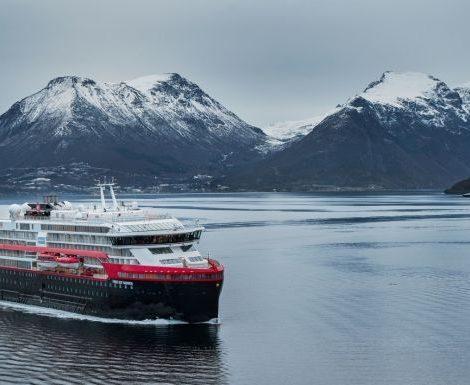 Hurtigruten bietet ab 2021 Expeditionen zu den Britischen Inseln an: Scilly-Inseln, Orkney-Inseln, Inneren und Äußere Hebriden & Shetland- Inseln