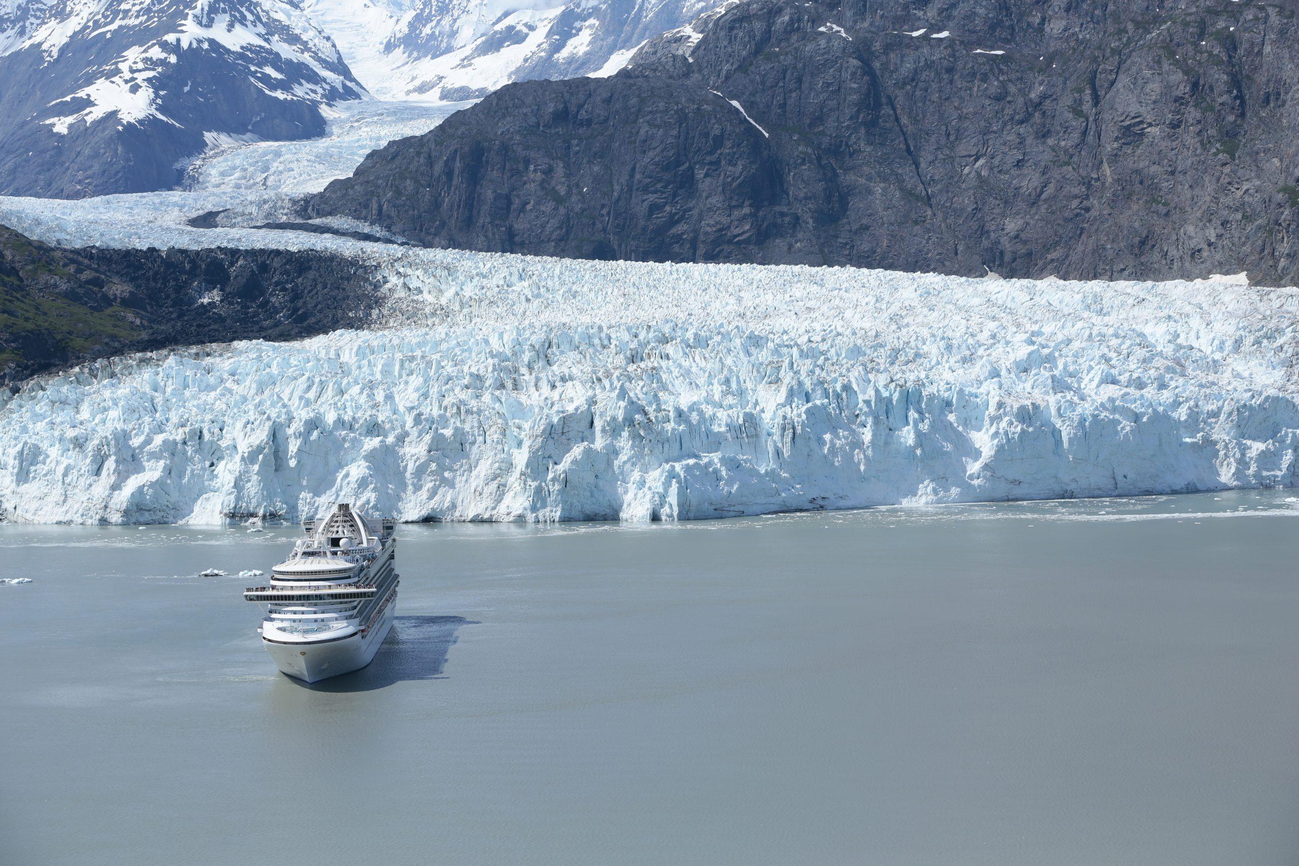 Princess Cruises dünnt seine Alaska-Kreuzfahrten als Konsequenz aus dem 100-tägigen Lockdown für Kreuzfahrten in US-Häfen aus, will aber einige Touren durchführen