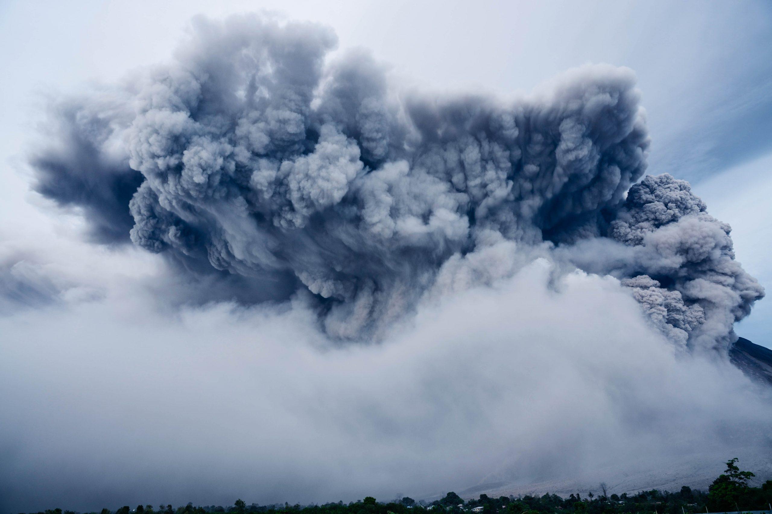 Opfer des Vulkanausbruchs vor Neuseeland im Dezember 2019 haben eine Klage gegen Royal Caribbean angekündigt, der die Ovation of the Seas gehört.