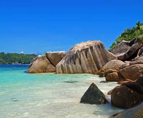Die Seychellen haben drakonischeBeschränkungen für die Kreuzfahrtindustrie erlassen und sperren Kreuzfahrtschiffe für zwei Jahre bis Ende 2021 aus.