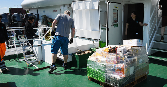 Die Expeditionsreederei Oceanwide spendet alle Lebensmittel, die für Kreuzfahrten in dieser Saison eingekauft wurden, an die Walcheren Food Bank