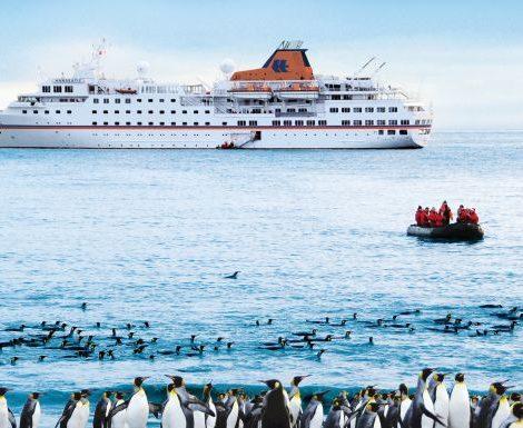 TUI Cruises, ein Joint Venture von TUI und Royal Caribbean, hat den Kauf der Luxusreederei Hapag-Lloyd Cruises erfolgreich abgeschlossen.