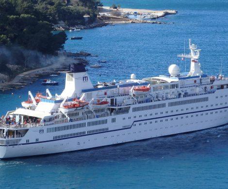 Die MS Berlin, einstiges ZDF-Traumschiff ist von FTI CRUISES verkauft worden. Das Kreuzfahrtschiff ging an Dreamliner Cruises