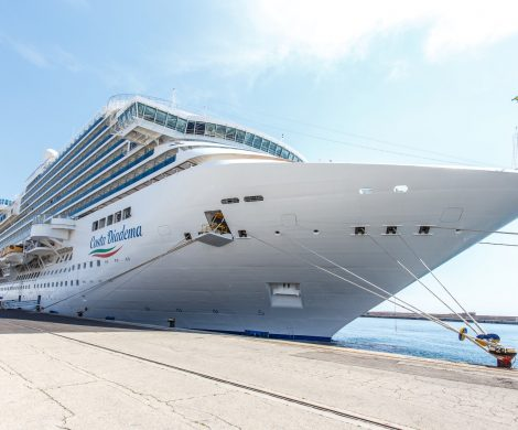 Die Costa Diadema hat eine laufende Kreuzfahrt wegen Infektionen mit dem Coronavirus abbrechen müssen, 8 Passagiere waren positiv getestet