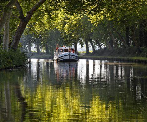 Trotz widriger Umstände für den Tourismus hat Locaboat Holidays, Anbieter für führerscheinfreie Hausbootreisen, ein Umsatzplus.