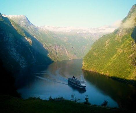 Cunard-Kreuzfahrten im Sommer 2022 sind ab sofort buchbar, die Rückkehr der Queen Elizabeth nach Alaska ist Höhepunkt des neuen Programms.