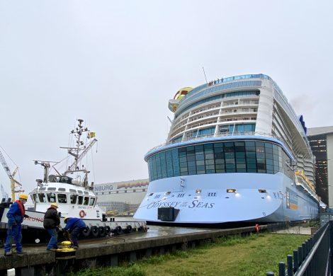 Die 347 Meter lange Odyssey of the Seas für Royal Caribbean International hat das überdachte Baudock II der MEYER WERFT verlassen.