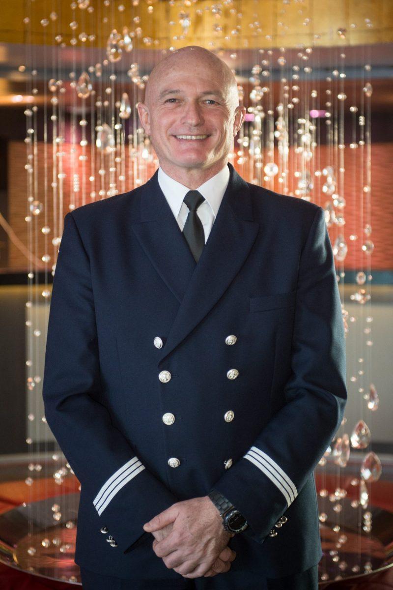 Didier Vacher ist für viele Reedereien als Hotelmanager unterwegs gewesen