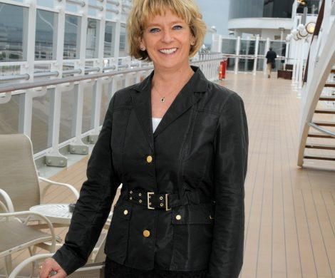 An Bord der Cunard Queens fühlt sich Anja Tabarelli am wohlsten