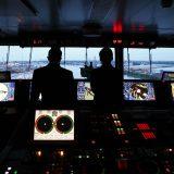 Die Lotsen der Hamburger Lotsenbrüderschaft führen Schiffe sicher in den Hamburger Hafen