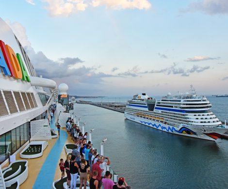 Bei AIDA kann man jetzt kostenlos andere Schiffe der Flotte besichtigen, wenn sie im selben Hafen liegen