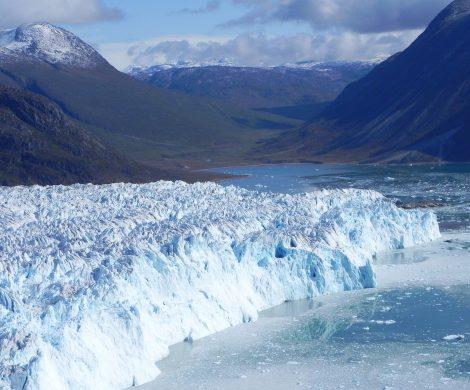 Die gewaltigen Gletscherabbruchkanten und das Kalben eines Gletschers live erleben!
