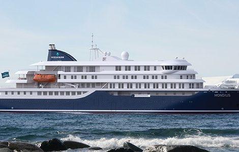 Oceanwide lässt ein neues Polarschiff bauen. Der 107 Meter lange und 17,60 Meter breite Neubau mit einem Tiefgang von 5,30 Meter soll 176 Passagiere sowie eine Crew von 72 Mann fassen und Hondius heißen.