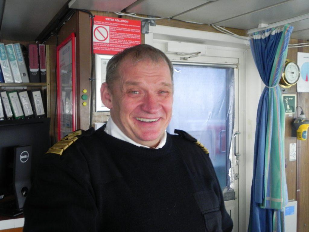 """Der """"Expedition"""" von G Adventures unter Kapitän Sergej Nestrov gelang die erste vollständige Spitzbergen-Umrundung in diesem Jahr."""