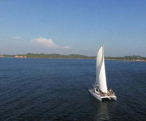 Segeln in Sri Lanka: Im Februar 2018 nahm G Adventures als erster Veranstalter weltweit Segeltrips entlang der Südküste von Sri Lanka ins Programm. Nun kommt zum Juli 2018 ein zweiter Törn entlang der Ostküste hinzu.