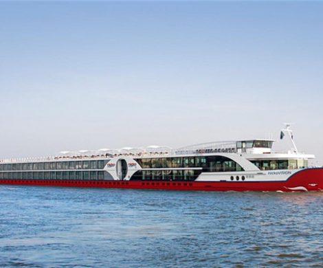 TV-Moderatorin Barbara Schöneberger tauft heute in Frankfurt das neueste Flussschiff von nicko tours, die Nicko Vision.