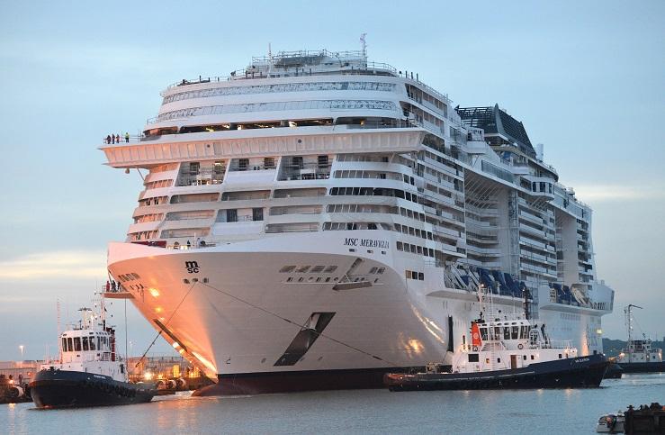 Passagierrekord in der Kreuzfahrt in Hamburg: am Kreuzfahrtteminal Steinwerder startet die MSC Meraviglia mit 5181 Gästen an Bord.