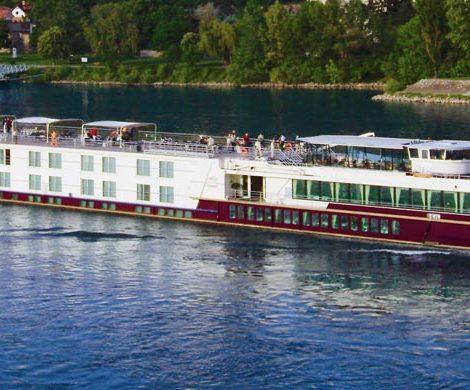 Auf Vahali-Werft wurde der Stapellauf der Excellence Countess, dem nächsten Schiffsneubau für das Reisebüro Mittelthurgau, gefeiert.