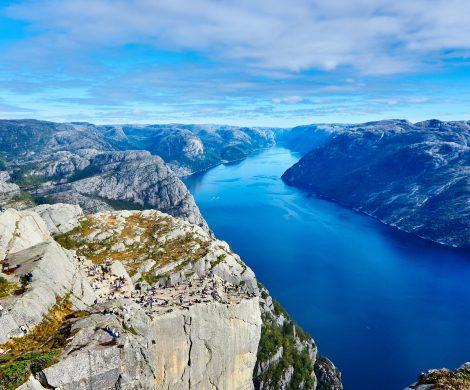 Norwegen erwägt, Kreuzfahrtschiffen in den UNESCO-Weltnaturerbe-Gebieten zu verbieten, mit Schweröl (HFO, (Marine) Heavy Fuel Oil) zu fahren.