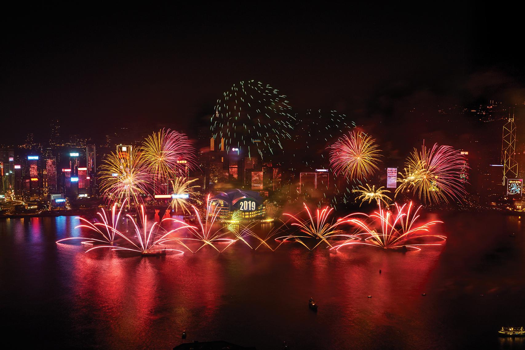 Zum Jahreswechsel bieten die Städte rund um den Globus ihren Einwohnern und Besuchern Feuerwerk-Shows der Superlative mit Rekordabsichten.