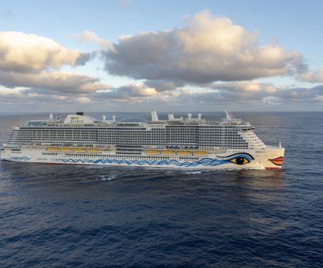 Mit AIDA und Chanel haben sich zwei starke Marken zusammengetan, um den Gästen ein unvergleichliches Shoppingerlebnis an Bord zu ermöglichen.