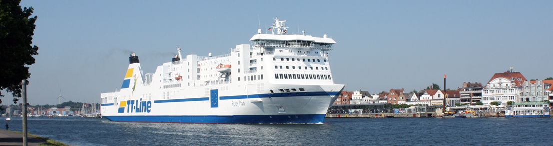 Auf der Passagierfähre Peter Pan der Reederei TT Line ist während der Fahrt von Rostock nach Travemünde ein Feuer im Maschinenraum ausgebrochen.