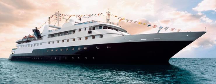 Das Expeditionsschiff Celebrity Xpedition ist vor den Galapagos-Inseln auf Grund gelaufen. 46 Passagiere und 58 Besatzungsmitglieder mussten evakuiert werden, verletzt wurde niemand.