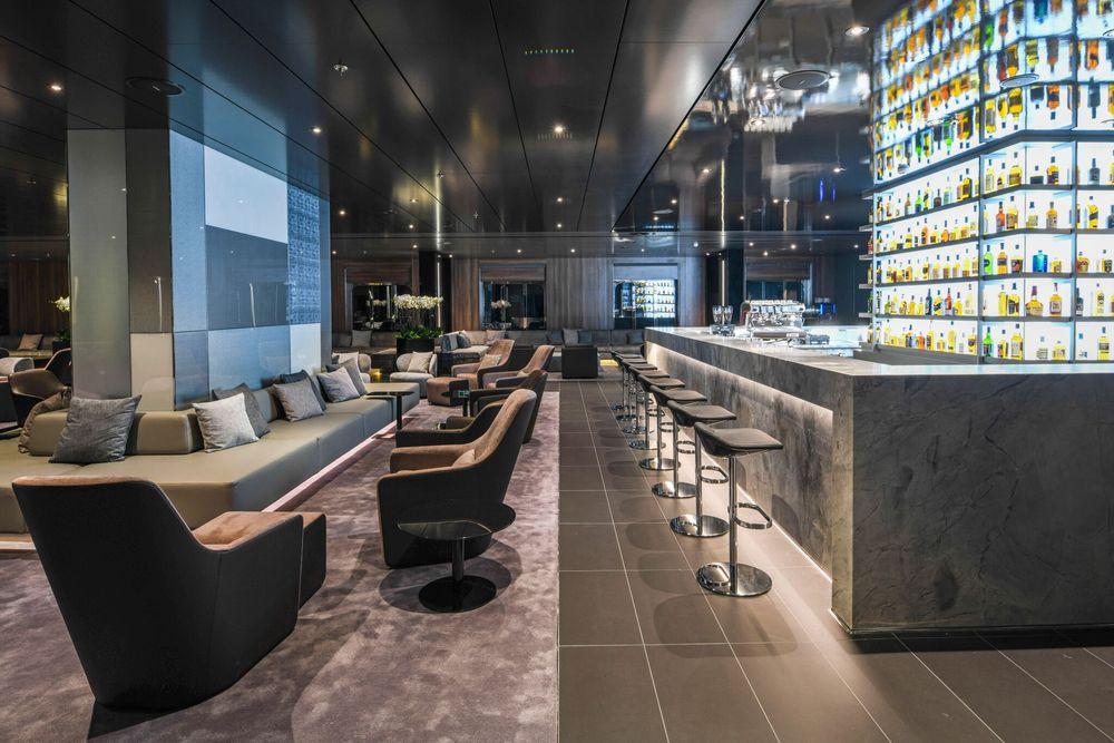 In der Whisky Bar der Scenic Eclipse gibt es 110 verschiedene Sorten Whisky, welche den Gästen dort zur Verkostung zur Verfügung stehen.