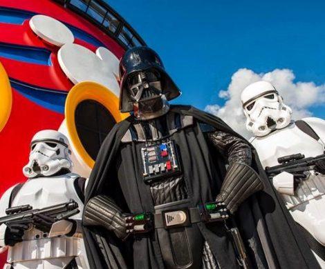 Auf der Disney Fantasy von Disney Cruise Lines können Passagiere nicht nur maritime, sondern außerirdische Abenteuer erleben: mit Star Wars auf See.