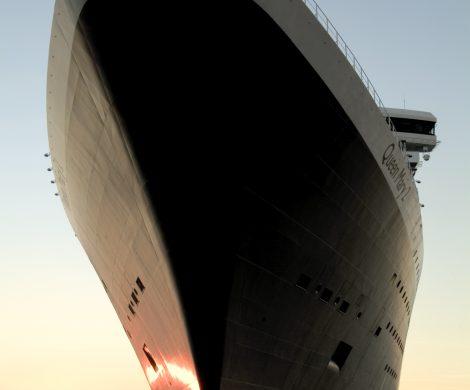 Die britische Reederei Cunard verlängert die Unterbrechung des Kreuzfahrtbetriebs: keine Reisen der Queen Mary 2 und der Queen Victoria bis 31. Juli 2020