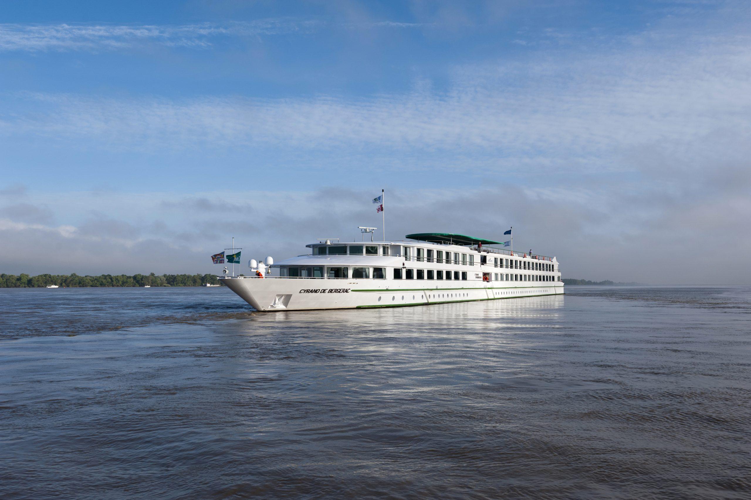 Croisi Europe hat in Bordeaux und Paris zwei Schiffe seiner Flotte für Krankenhausmitarbeiter zur Verfügung gestellt, das längere Strecken pendeln muss