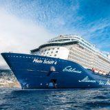 Mit der Mein Schiff 3,4 und 6 hat TUI Cruises wegen des Kreuzfahrtstopps durch das Corona-Virus einen Teil seiner Flotte vor Wangeooge auf Reede
