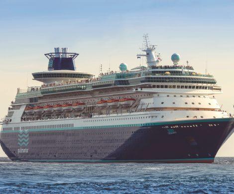 Steht die erste Kreuzfahrtreederei vor dem Aufgeben: Pullmantur Cruises hat nach dem spanischen Insolvenzrecht Gläubigerschutz beantragt.