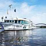 Münster wird Kreuzfahrthafen: Das Flusskreuzfahrtschiff MS Swiss Ruby wird nun häufiger in Münsters Stadthafen anlegen und Urlauber an Bord nehmen.