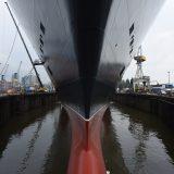 Auf der Hamburger Werft Blohm+Voss sind 19 weitere Corona-Infektionen nachgewiesen worden. Damit erhöht sich die Gesamtzahl auf 78. Es sind vor allem Werkvertragsarbeiter erkrankt