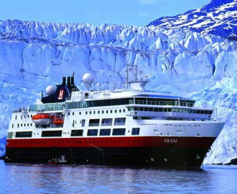 Wegen der Covid-19-Pandemie sagt die norwegische Reederei Hurtigruten ihre Antarktisreisen im Oktober, November und Dezember 2020 ab