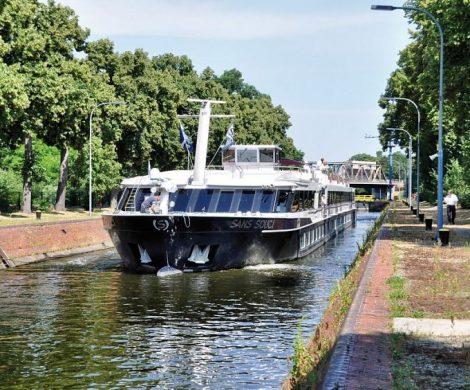Gleich zwei Mal nimmt die MS Sans Souci für Plantours Kreuzfahrten im nächsten Jahr Kurs auf der Peene, dem Amazonas des Nordostens.