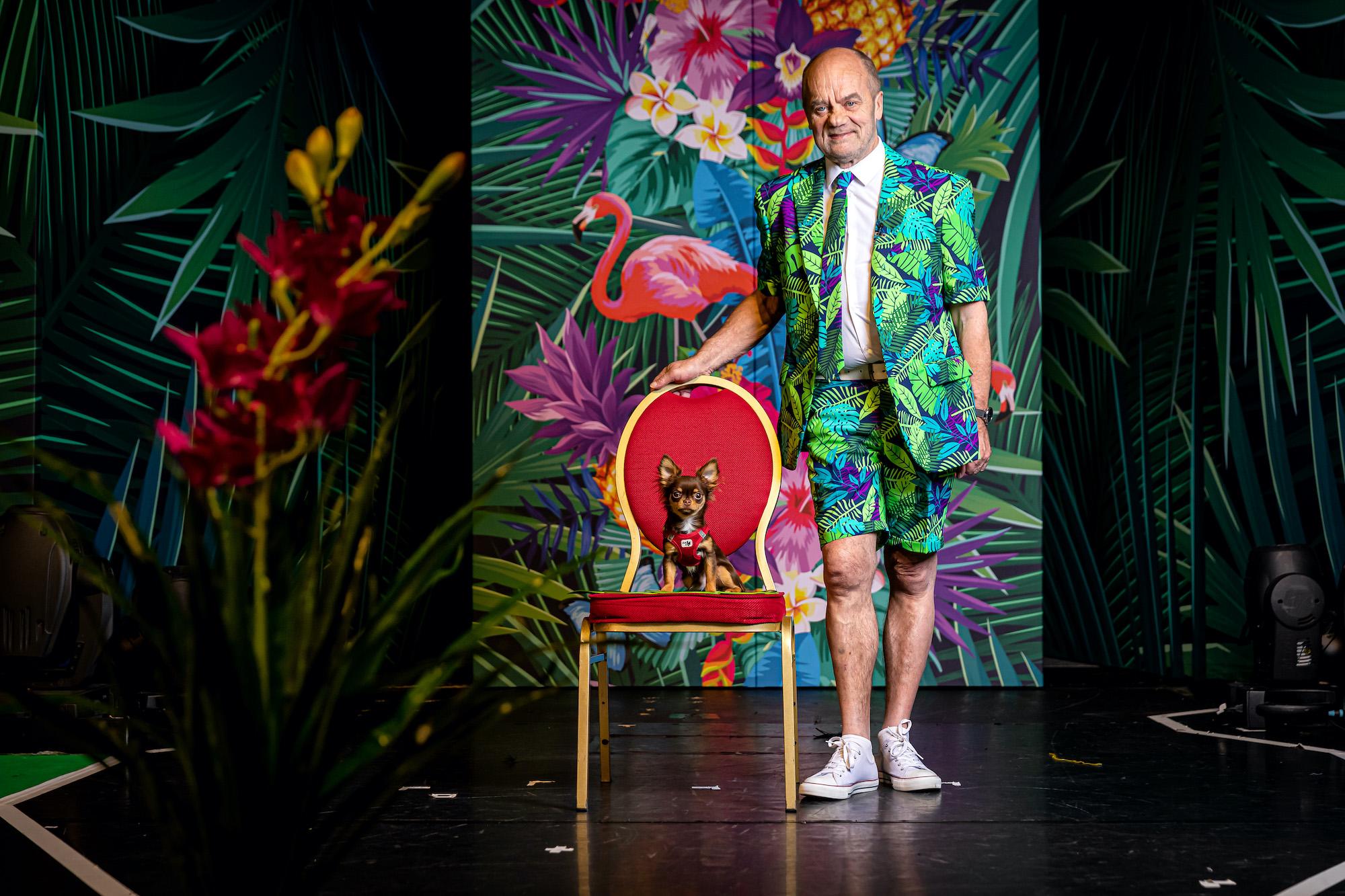 Angesichts steigender Corona-Zahlen wechseln einige Künstler vom Schmidt Theater aus Hamburg auf ein Kreuzfahrtschiff: Vom Hamburger Kiez direkt auf die Mein Schiff 1