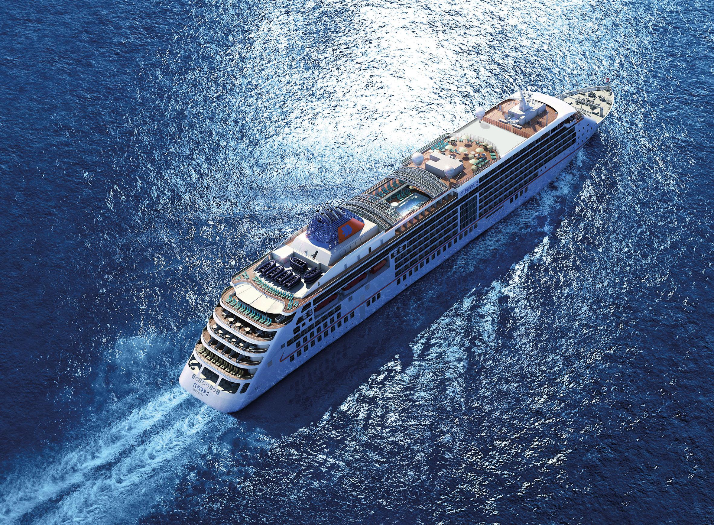 Die EUROPA 2 von Hapag-Lloyd Cruises bietet im Januar Golf & Yoga mit Anläufen auf Lanzarote, Gran Canaria, La Palma, La Gomera & El Hierro.