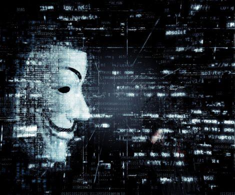 """Bei dem Hackerangriff auf Hurtigruten Mitte Dezember sind sensible Kundendaten von Servern der """"Fram"""" und der """"Midnatsol"""".gestohlen worden"""