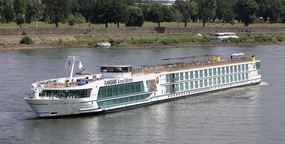 Plantours Kreuzfahrten bietet eine Kreuzfahrt vom 2. bis 5. November mit den Top Acts des Karneval auf dem Neubau Lady Diletta.